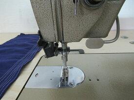 【中古】 シンガー SINGER 1本針自動糸切ミシン 591DX300GAN型 100V仕様 自動押さえ上げ、タッチバックスイッチ、縫いはじめ、縫い終わり自動止め縫い機能等フルスペック装備です。