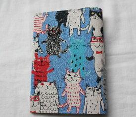 【メール便OK】かわいい 布製 布生地ブックカバー 文庫版 本・サイズ TOCONUTS/トコナッツ 可愛プリント生地 差し込むだけの簡単セット 厚さ1.5cm程度可能 青系・ねこ・猫