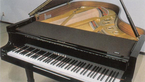 【YAMAHA】ヤマハ グランドピアノ フロントフレームカバー 黒 レッスン用品 ピアノ用品