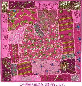【インド直輸入】古布パッチワーク タペストリー 正方形 60cmx60cm ピンクB ピンク色系 ラジャスタン ジャイプル PTA-0153