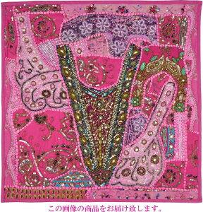 【インド直輸入】古布パッチワーク タペストリー 正方形 60cmx60cm ピンクB ピンク色系 ラジャスタン ジャイプル PTA-0154