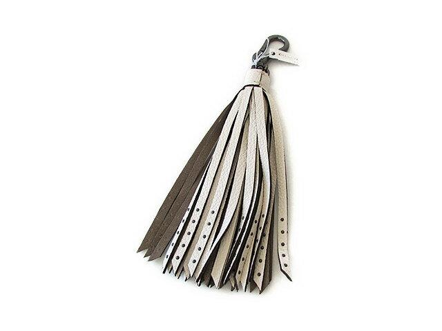 【スペシャル】Coach コーチ キーホルダー キーチェーン チャーム ロング レザー タッセル 65834 チョーク(オフホワイト)【新品】COACH Long Leather Tassel Keychain FOB (Style F65834 BKCHK)