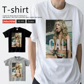 Tシャツ メンズ レディース 半袖 ペア カップル 『セクシー ガール 美女 夏 水着 金髪 CALI ロゴ ストリート おしゃれ』 大人かわいい tシャツ 可愛いtシャツ