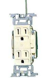 WN1318K パナソニック フルカラー配線器具・電材 病院・医療施設向けコンセント 医用アース付ダブルコンセント (ミルキーホワイト)