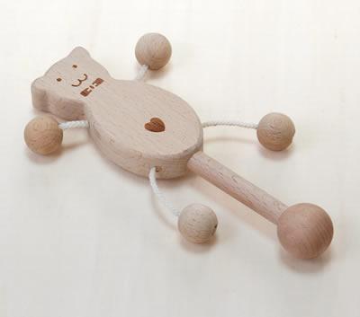 木のおもちゃふりふりベアー(ベビー)[名入れOK A]【赤ちゃん 木の玩具 木製玩具】【RCP】【コンビニ受取対応商品】