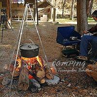 トライポッド焚火三脚焚き火スタンド安定ステンレス調理器具焚き火補助ファイヤースタンド折り畳みキャンプ最大耐重量