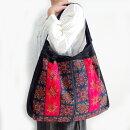 モン族バッグモン族手刺繍ショルダーバッグDモン族の民族衣装をリメイクした一点ものバッグ
