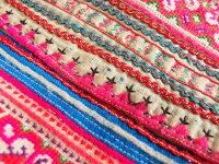 モン族バッグモン族手刺繍ヴィンテージバッグモン族の「ねんねこ」アンティーク布一点もの