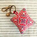 モン族(ミャオ族)手刺繍ピンクッションチャーム キーホルダー バッグチャーム