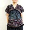 【メール便可】モン族 手刺繍貫頭衣 K クロスステッチ 蜜蝋を使ったろうけつ染め 藍染め ミャオ族