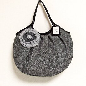 sisiグラニーバッグ 定番サイズ コサージュバッグ ブラック sisiバッグ 布バッグ ショルダーバッグ
