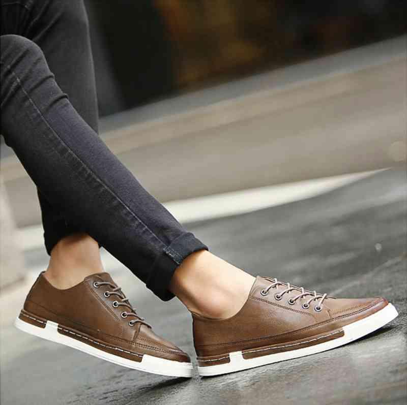 ウォーキングシューズ 革靴 軽量 ブーツ レザーシューズ 軽い 春 スニーカー 夏 cm 秋 ビジネス 黒 冬 e メンズ 予約商品