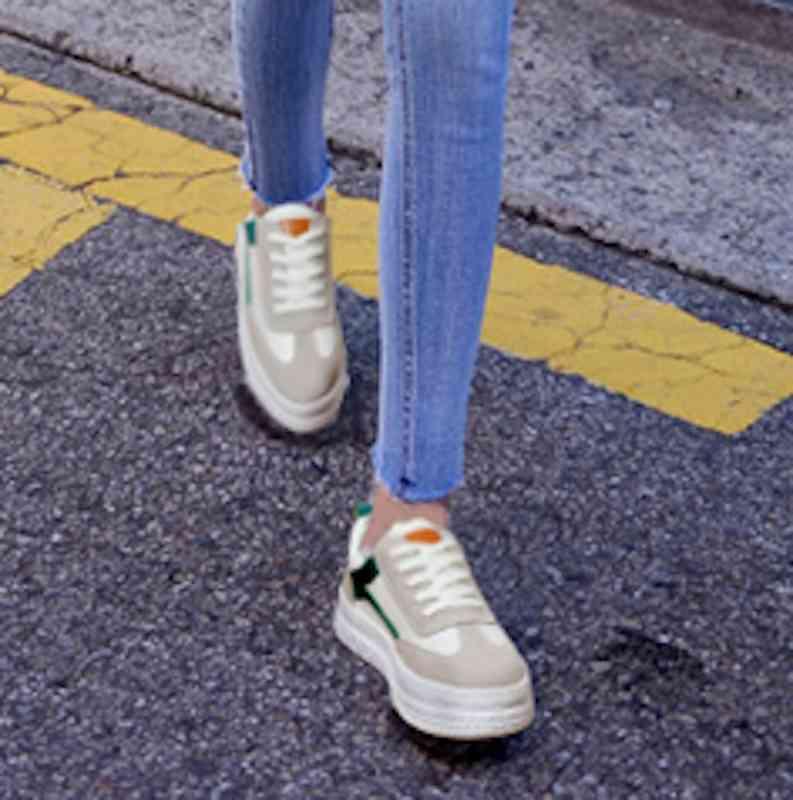 スニーカー ウォーキングシューズ レディース カジュアル 靴 軽量 春 夏 秋 冬 スポーツ 運動 黒白 軽い カット e cm shs-839 【予約商品】