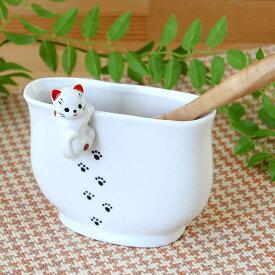 【1個】瀬戸焼よじ登り猫しゃもじ立て1個 高11.4cm カトラリー 菜箸 お玉 キッチンツール スタンド ネコ 可愛い 日本製 卓上小物
