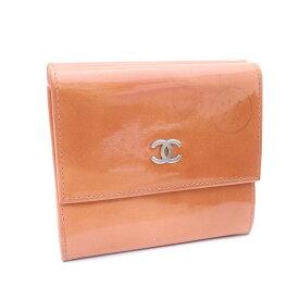 1272f5bba342 【中古】CHANEL シャネル Wホック ココマーク 三つ折り財布 レディース ピンク パテントレザー