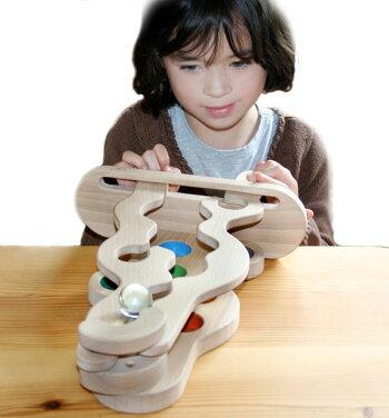 【送料無料】●集中力アップゲーム(ビー玉バージョン)家族だんらん木のおもちゃパズル日本製知育玩具積み木型はめ脳トレ1歳プレゼントランキング2歳3歳4歳5歳6歳7歳8歳9歳10歳誕生日ギフト〜出産祝い
