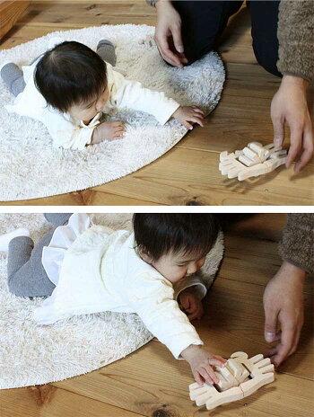 【名入れ可】●かに(水陸両用木のおもちゃ)お風呂で遊ぼう!6ヶ月1歳プレゼントランキング2歳3歳赤ちゃんおもちゃ床では輪ゴムを2本使うのがおススメお風呂で遊ぶ時は輪ゴムを1本にしたほうがゆっくり進みます。おしゃれ