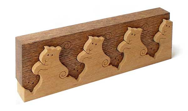 【名入れ可】猫のインターロッキング インテリアにもなる木のおもちゃです。日本製 木のおもちゃ 積み木 型はめ 脳トレ パズル 1歳 2歳 3歳 4歳 5歳 誕生日ギフト〜出産祝い バリアフリー 型はめ 男の子 女の子 赤ちゃん おもちゃ 国産 木工職人手作り 木育 家族 動物 ネコ