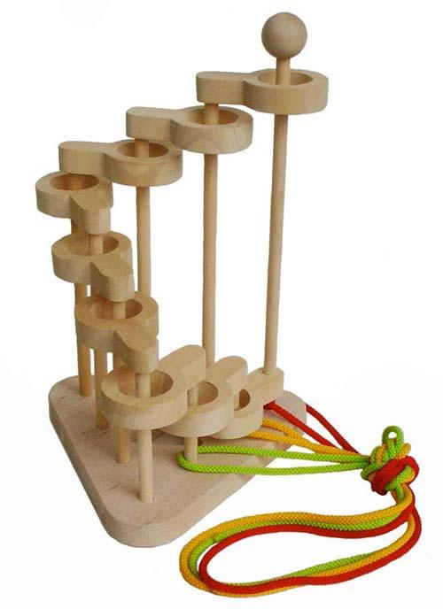 【名入れ可】立体知恵の輪(9段)超超超難解パズル 日本製 木のおもちゃ パズル 知育玩具 脳トレ 木のパズル 1歳 2歳 3歳 4歳 5歳 6歳 7歳 8歳 幼児子供〜高齢者 小学生 誕生日ギフト〜出産祝い 型はめ 誕生祝い 紐通し ひも抜き 木製 親子 木育 家族 施設 ぼけ防止