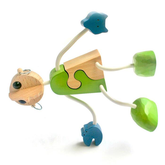 【名入れ可】●木の人形(2号)自由自在にポーズを変えて楽しむことができます。可愛い木のおもちゃ 日本製 6ヶ月 7ヶ月 8ヶ月 9ヶ月 10ヶ月 1歳 2歳 3歳 4歳 5歳 誕生日ギフト〜出産祝い 赤ちゃん 男の子 女の子 誕生祝い 木工職人手作り 親子 木育 家族 ままごと 知育玩具