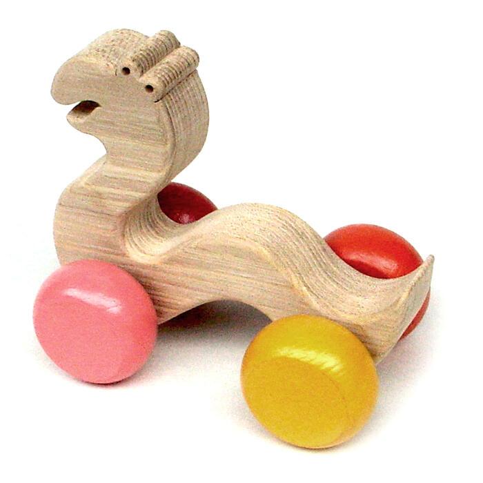 【名入れ可】●まえむきなへび 押しぐるま 愉快で楽しい 木のおもちゃ 車 日本製 押し車 カタカタ 知育玩具 誕生祝い 赤ちゃん おもちゃ 6ヶ月 9ヶ月 1歳 2歳 3歳 幼児 誕生日ギフト 出産祝い 男の子女の子 木工職人手作り がらがら 親子 木育 家族 背中マッサージ