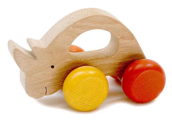 【名入れ可】●気弱なサイ 押しぐるま 愉快で楽しい 木のおもちゃ 車 日本製 押し車 カタカタ 知育玩具 誕生祝い 赤ちゃん おもちゃ おしぐるま 6ヶ月 1歳 2歳 3歳 誕生日ギフト 出産祝い 男の子 女の子 木工職人手作り 親子 木育 家族 マッサージ 背中コロコロ