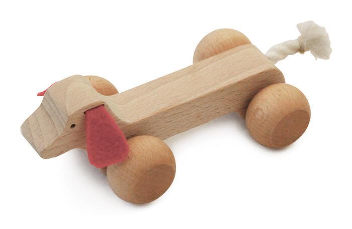 【名入れ可】●ミニュチア ダックスフンド 押しぐるま 愉快で楽しい 木のおもちゃ 車 日本製 押し車 カタカタ 知育玩具 誕生祝い 赤ちゃん おもちゃ おしくるま 6ヶ月 9ヶ月 1歳 2歳 3歳 誕生日ギフト 出産祝い 男の子女の子 がらがらラトル 親子 木育 家族 背中マッサージ
