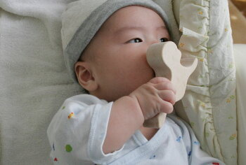 赤ちゃん積木日本グッド・トイ委員会認定おもちゃ選定玩具木のおもちゃ出産祝い名入れギフト日本製おしゃぶり赤ちゃんおもちゃ銀河工房人形