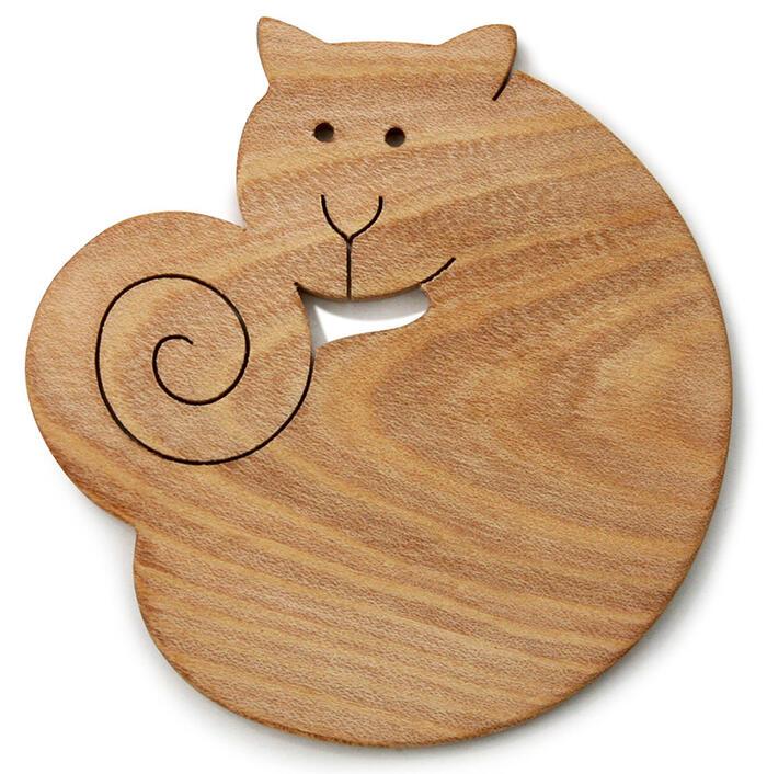【名入れ可】■近所の猫 遊び心いっぱいの木のコースター 木のおもちゃ 実用的 おもしろ積み木 国産材 バリアフリー 木工職人手作り お使いもの 木育 家庭 おしゃれなカフェ ショップ 赤ちゃん おもちゃ 木育 安全 安心 日本製 coaster