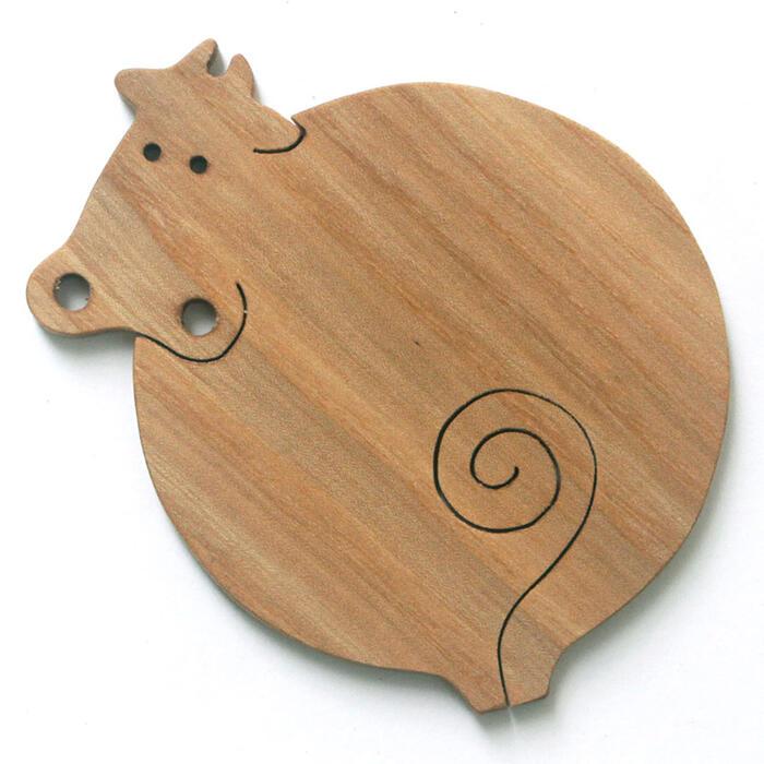 【名入れ可】ふうせん牛 遊び心いっぱいの木のコースター 木のおもちゃ 実用的 おもしろ積み木 国産材 バリアフリー 木工職人手作り お使いもの 木育 家庭 おしゃれなカフェ ショップ 赤ちゃん おもちゃ 木育 安全 安心 日本製 coaster