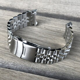 JUBILEE スタイル 316Lステンレス 無垢ベルト ラグ幅22MM/バックル20MM 無垢セーフティ付きDバックル シルバー 替えベルト 腕時計用 MOD カスタム