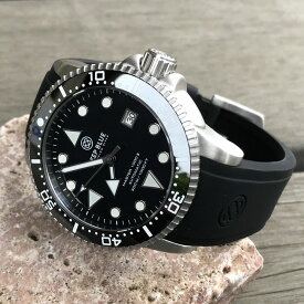 DEEP BLUE(ディープブルー)ダイバーズウォッチ MASTER 1000 II 44MM 330M/30気圧防水 SEIKO 自動巻きムーブメント セラミックべセル ホワイトインデックス ブラックダイヤル m1k2arwh 腕時計