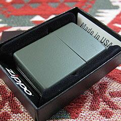 【メール便送料無料】【並行輸入品】 ZIPPO ジッポー Green Matte オイルライター レギュラーサイズ マットグリーン 221