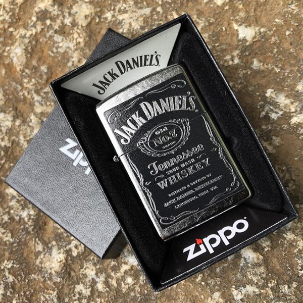 【メール便送料無料】【並行輸入品】 ZIPPO ジッポー Jack Daniels ジャックダニエル オイルライター レギュラーサイズ ストリートクローム シルバー 24779【あす楽対応】