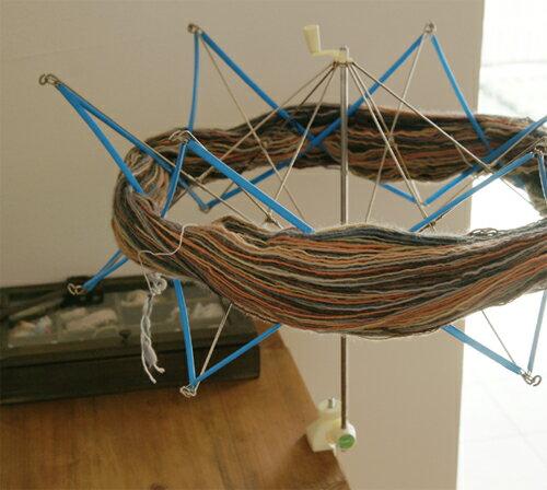 【A-501】new かせくり器毛糸ピエロ♪編み物/手編み/手芸