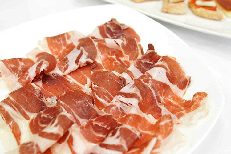 豚肉と塩のみで作った無添加生ハム!とってもピュアな味わいです【ハモンイベリコベジョータ44ヶ月熟成生ハムスライス80g】(冷凍・冷蔵)【05P03Sep16】