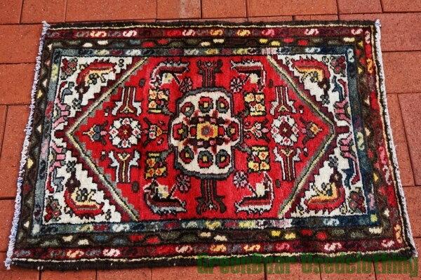 【USED】ウール絨毯 玄関マット 82×60cm 赤×アイボリー×紺【RAG020】【中古】