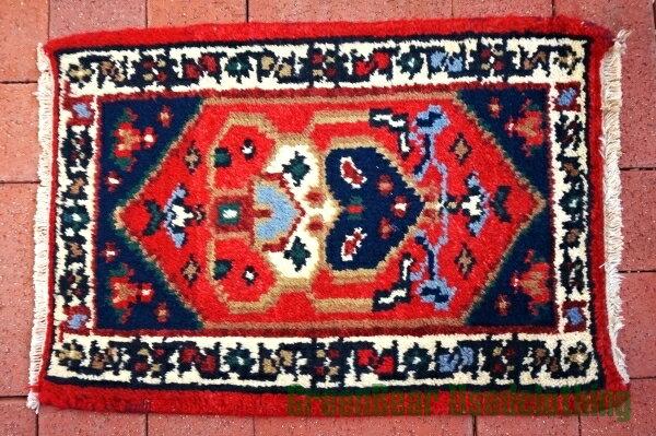 【USED】ウール絨毯 トライバルラグ 42×61cm 赤×紺【RAG074】【中古】