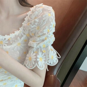 韓国 デザイン ハイウエスト Aライン ワンピース スクエアネック レーヨン 刺繍(T)