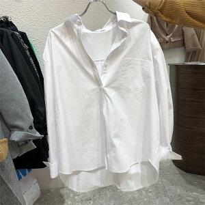 1枚で着映えが狙える シンプル ゆったり ピュアカラー ボタン 長袖 シャツ(T)
