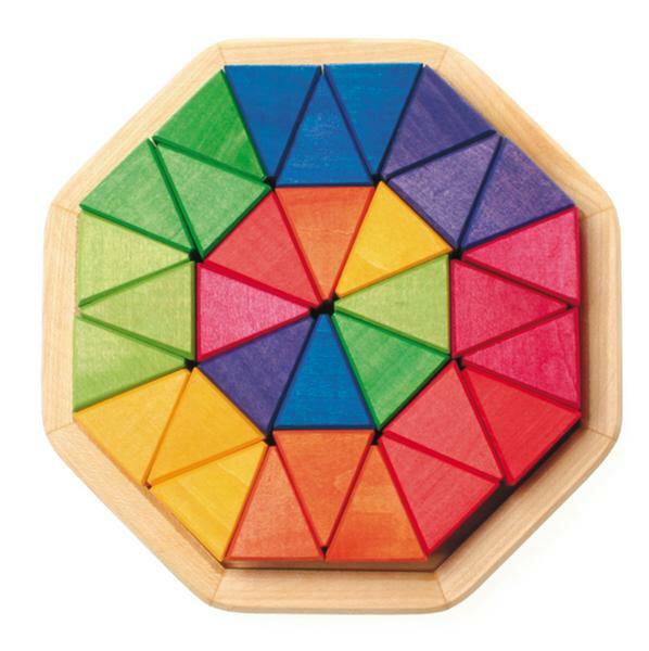 グリムス社 木のおもちゃ ドイツ製 GRIMMS にじのオクタゴン 小 32ピース 三角積木 レインボー 積み木 つみ木 木製玩具 【あす楽対応】
