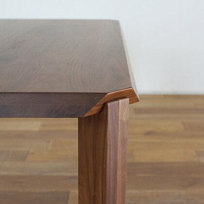 LIVWOOD商品名|アリエス2ダイニングテーブル140cmカラー|ブラウンウォールナットサイズ|幅1400奥行850高さ720mm生産国|国産日本製北欧完成品スタイリッシュモダン