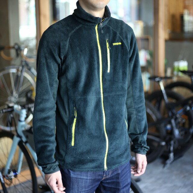 【クリアランス】patagonia メンズ R2ジャケット パタゴニア ジャケット ファッション