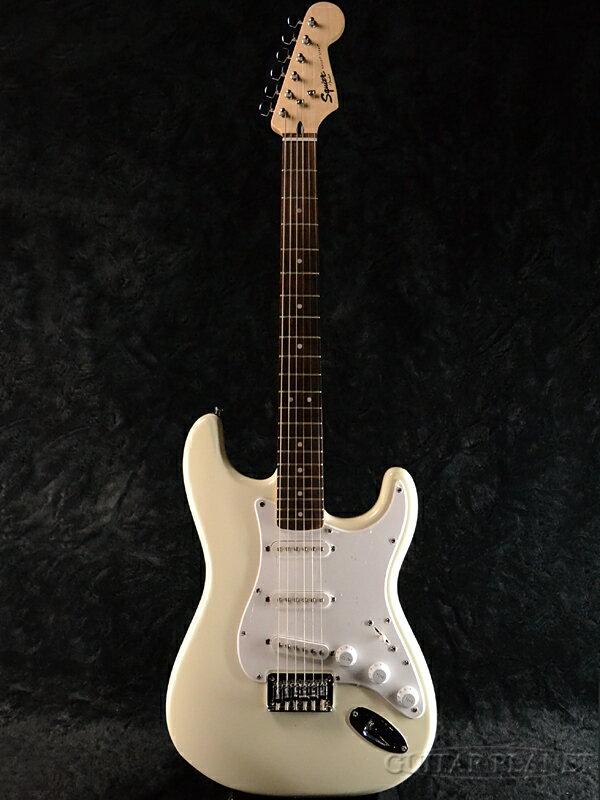 Squier Bullet Strat HT Arctic White 新品[スクワイヤー][バレット][Hard Tail][ホワイト,白][Stratocaster,ストラトキャスタータイプ][Electric Guitar,エレキギター]