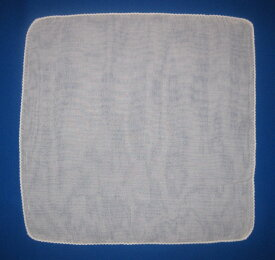 【送料無料】4枚組二重ガーゼ ハンカチ薄くて柔らかです日本製 33×33cm綿100%