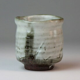 萩焼 秋風湯呑 圭一郎作 木箱入 Japanese ceramic Hagi-ware. Hagi akikaze yunomi teacup with Wooden box.