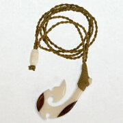 ボーンカービング・コアウッドフィッシュフック/紐ナチュラルカラー【ハワイアンアクセサリー】