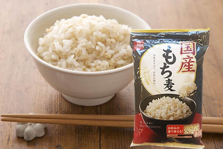 【送料無料】★国産もち麦800g×1袋!1,000円ポッキリ!原料にこだわった国内産のもち麦です!日本産の希少なもち麦をお楽しみください。【少量お試し】