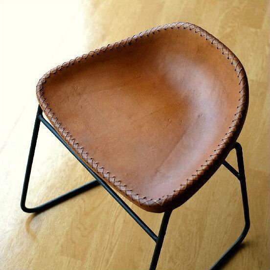 本革スツール デザイン レザースツール 本革椅子 スリム 軽量 アイアン アンティーク リビングチェアー 玄関椅子 いす チェアー イス おしゃれ シンプル スタイリッシュ モダン レトロチェア 本革張り レザーチェア アイアンスツール アイアンと本革のスツールA