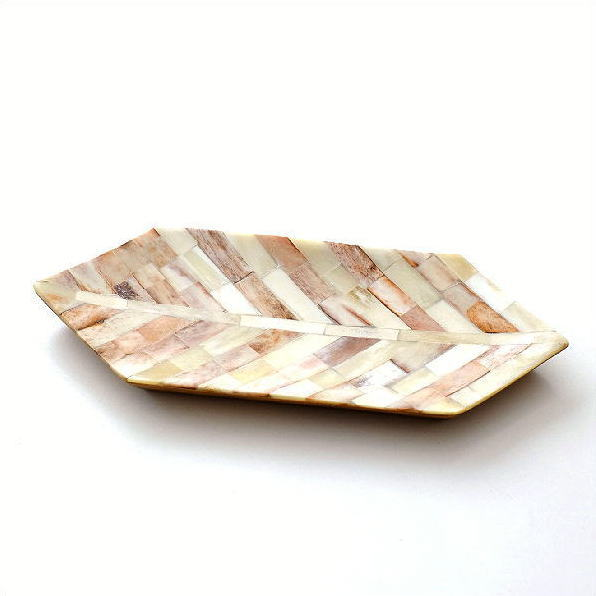 トレー 卓上 おしゃれ ペントレー アクセサリートレイ ナチュラル 自然素材 天然素材 水牛の角 シンプル モダン アンティーク レトロ インテリア  お皿 プレート 小物